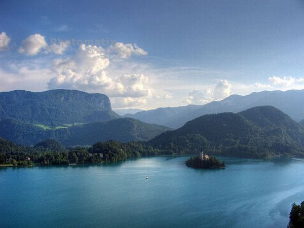 Остров на озере Блед в Словении